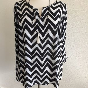 💕Chevron stripes Black & White Tunic Top💕